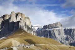 Sellagroep - het plateau gevormde massief in de Dolomietbergen van noordelijk Italië Stock Foto's