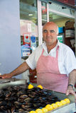 Seller of oysters in Istanbul Stock Photography