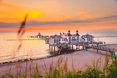 Free Sellin Pier At Sunrise, Baltic Sea, Germany Royalty Free Stock Photography - 169771987