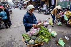 Selling fruit vendors in Vietnam, Hanoi Stock Photography