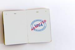 Sello admitido visa en pasaporte Imagen de archivo libre de regalías