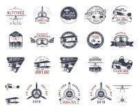 Sellos dibujados mano de la mosca del vintage viejos Emblemas del viaje del viaje o del aeroplano del negocio Etiquetas de la aca ilustración del vector