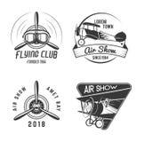 Sellos dibujados mano de la mosca del vintage viejos Emblemas del viaje del viaje o del aeroplano del negocio Etiquetas de la aca stock de ilustración