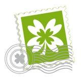 Selo de porte postal com folha do trevo Fotos de Stock