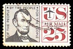 Selo de porte postal dos EUA airmail Com portret do centavo do presidente Abraham Lincoln 25 foto de stock