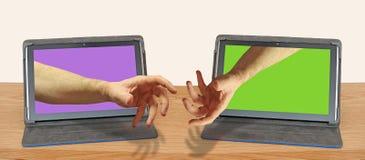 Selo em linha da ajuda do aperto de mão do Internet o negócio do negócio foto de stock