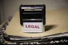 Selo legal em um dobrador grande do documento imagens de stock royalty free