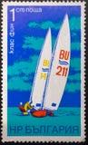 Selo postal 1973 sailing bulg?ria foto de stock royalty free