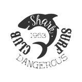 Selo preto e branco ondulado do clube da ressaca do verão do tubarão do recife com molde animal perigoso da silhueta ilustração do vetor