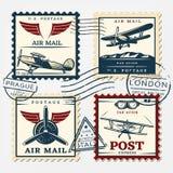 Selos coloridos do quadrado do porte postal dos aviões ajustados ilustração royalty free