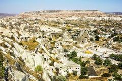 Seltsame Felsformationen des vulkanischen Tuffs in Capadocia Stockbild