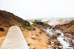 Seltun地热地区在Krysuvik,冰岛 图库摄影