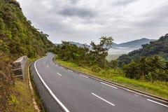 Selvas tropicales de Rwanda y el camino Imagen de archivo libre de regalías
