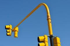Semáforo amarillo en Buenos Aires imagen de archivo libre de regalías