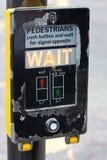 Semáforo para los peatones Imágenes de archivo libres de regalías