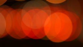 Semáforos Defocused de la noche almacen de video