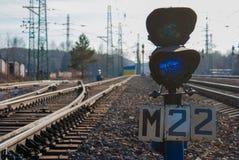 Semáforos do interruptor e do trem da estrada de ferro foto de stock royalty free