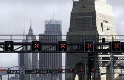 Semáforos en el puente Imagen de archivo libre de regalías
