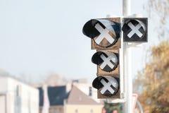 Semáforos fuera de servicio Foto de archivo libre de regalías