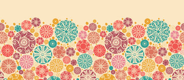 Sem emenda horizontal dos círculos decorativos abstratos Imagens de Stock Royalty Free