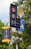 Semafori dei segnali stradali Fotografie Stock Libere da Diritti