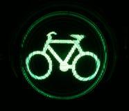 Semaforo verde per i motociclisti Fotografia Stock Libera da Diritti