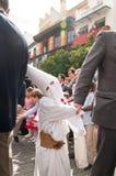 Semana圣诞老人在塞维利亚-孩子请求甜点 库存图片