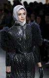 A semana de moda FW 2017 de New York - coleção de Anniesa Hasibuan Imagens de Stock Royalty Free
