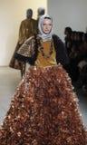A semana de moda FW 2017 de New York - coleção de Anniesa Hasibuan Fotografia de Stock Royalty Free