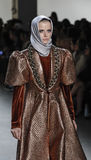 Semana FW 2017 de la moda de Nueva York - colección de Anniesa Hasibuan Imagen de archivo libre de regalías