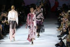 39.a semana ucraniana de la moda en Kiev Imagenes de archivo