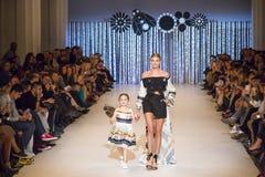 39.a semana ucraniana de la moda en Kyiv Fotos de archivo libres de regalías