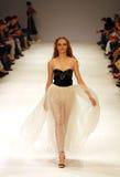39.a semana ucraniana de la moda en Kyiv, Ucrania Imagen de archivo