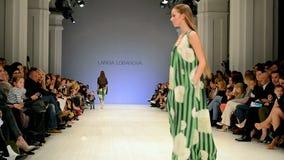 Semana ucraniana 2014, versión parcial de programa de la moda de Larisa LOBANOVA, metrajes