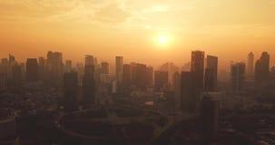 Semanggi CBD惊人的鸟瞰图在日落的 影视素材
