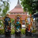 Semarang, Indon?sie - 3 d?cembre 2017 : Statues de trois dieux chez le Vihara Buddhagaya Watugong Vihara Buddhagaya est bouddhist photo stock