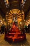 Sembrando Lello Bookstore interno, a Oporto, il Portogallo fotografie stock