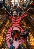 Sembrando Lello Bookstore interno, a Oporto, il Portogallo fotografia stock