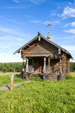 SEMENKOVO,俄罗斯- 2016年8月14日:先知伊莱贾教堂在木建筑学博物馆, Semenkovo,沃洛格达州地区 俄国 免版税库存图片