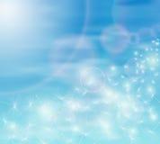Sementes do céu azul e do dente-de-leão Imagens de Stock