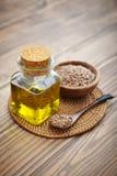 Sementes e óleo de linho Fotos de Stock Royalty Free