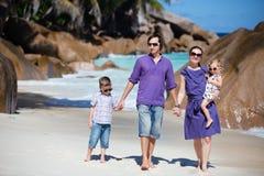 semester för familjungar två Royaltyfri Bild