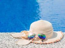 Semester strand, sommarloppbegrepp arkivfoto