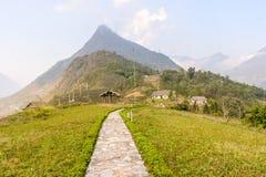 Semesterort- och risfältfält Arkivbild