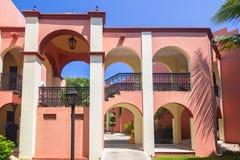 Semesterortarchitecturel av RIU-Tequilahotellet Fotografering för Bildbyråer