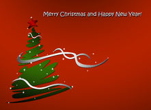 Semestra kortet med julgranen dekorerad röd stjärna och bandinskrift av det glade lyckliga nya året Arkivbilder
