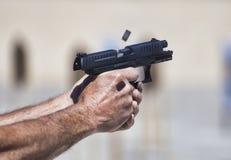 Semi автоматическое личное огнестрельное оружие Стоковая Фотография