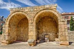 2 semi круговых свода римского форума остаются в Таррагоне, Испании Стоковые Фото