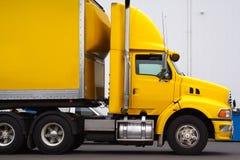 Semi caminhão Imagens de Stock Royalty Free
