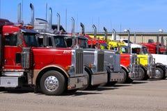 Semi camions de remorque Images libres de droits